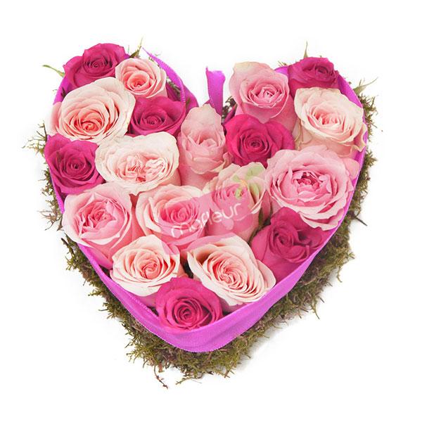 Livraison de fleurs coeur roses en ruban mafleur ma - Bouquet de fleur en coeur ...