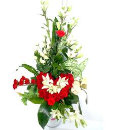 fleuriste maroc bouquets somptueux livraison de fleurs par mafleur ma. Black Bedroom Furniture Sets. Home Design Ideas
