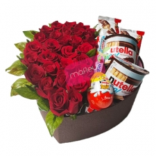 HeartBox Flowers & Bueno